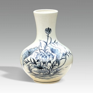 Moonlight Chu Dau ceramics vase